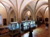 7149819-Gothic_hall_Wroclaw.jpg