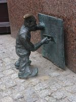 7166285-Gnomes_in_and_around_Rynek_Wroclaw.jpg