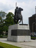 7172618-Monument_to_Boleslaw_Chrobry_Wroclaw.jpg