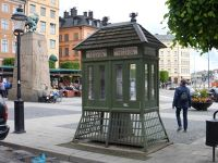 7190562-Telephone_Boxes_Stockholm.jpg