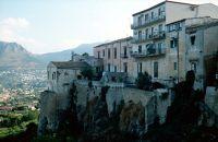 7295496-Monreale_Sicilia.jpg