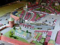 7373176-Model_of_the_medieval_town_Stade.jpg