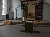 7544615-Stiftskirche_Interior.jpg