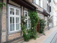 875822834528227-Houses_in_Sc..r_Schwerin.jpg