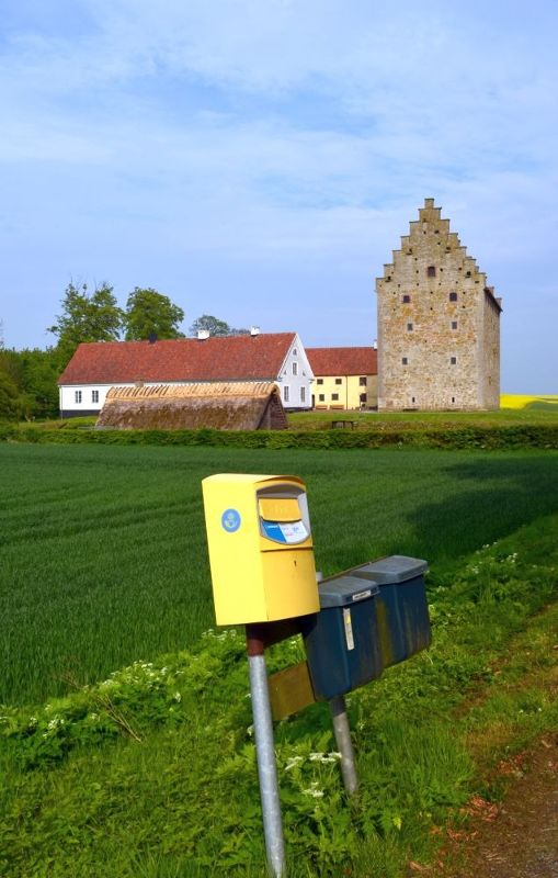 15th century castle and 21st century mailbox - Skåne