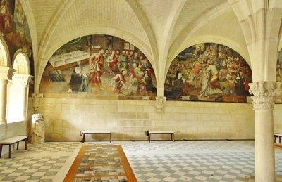 Fontevraud L'Abbaye Royale Chapter House