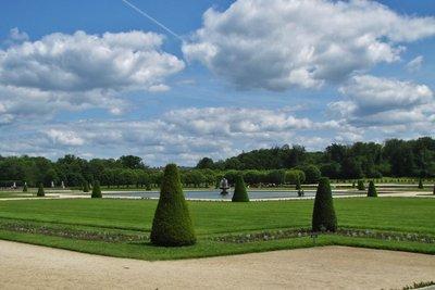 Gardens at Château de Fontainebleau