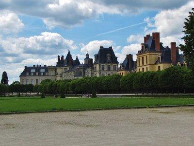 Exterior of Château de Fontainebleau