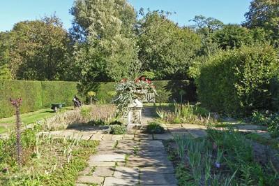 Nunnington Hall - Garden