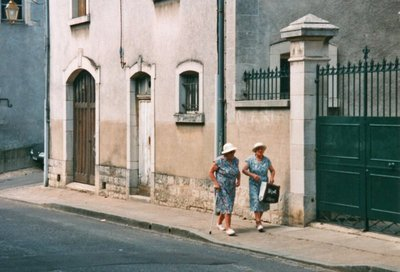Ladies shopping in Beaune (my favorite photo ever)