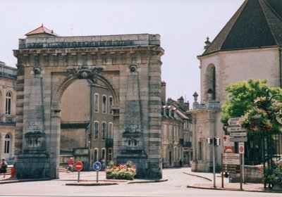 Triumphal Arch entering Old Town Beaune