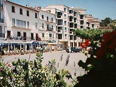 Cerbère from the La Dorade Hotel-Restaurant
