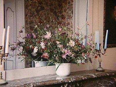 Garden flowers inside Château Villandry