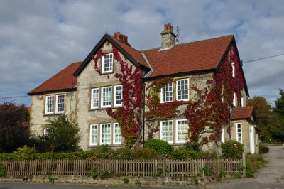 Typical vine-covered house in Helmsley