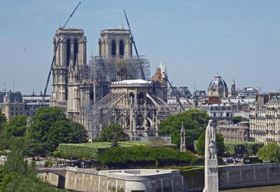 Notre Dame from the roof of the Institut du Monde Arabe