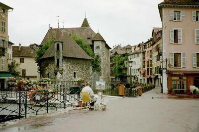 Painting the Palais de l'Île in Annecy