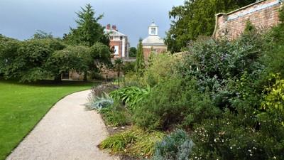 Beningbrough Hall and Gardens - Pathway