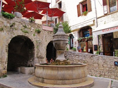 St. Paul de Vence laverie, fountain and Restaurant La Fontaine