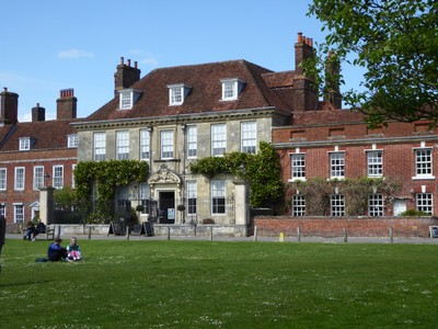 Mompesson House on the Cathedral Close