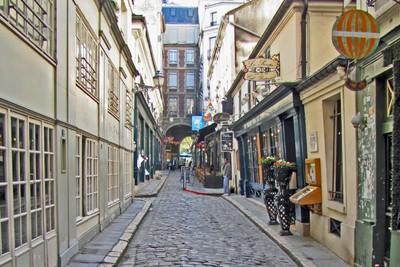 Le Passage de Cour du Commerce Saint-André