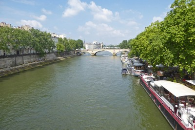 Pont Marie crossing the Seine