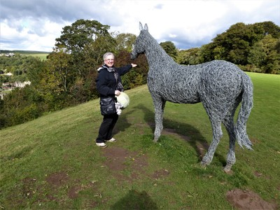 Admiring The Wire Horse sculpture<br />by Emma Stothard at Rievaulx Terrace