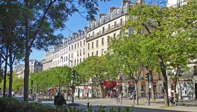 13th Arrondissement, Place d'Italie - Gobelins, La Butte aux Cailles, and The National Library