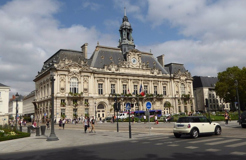 Hotel de Ville (City Hall) in Tours