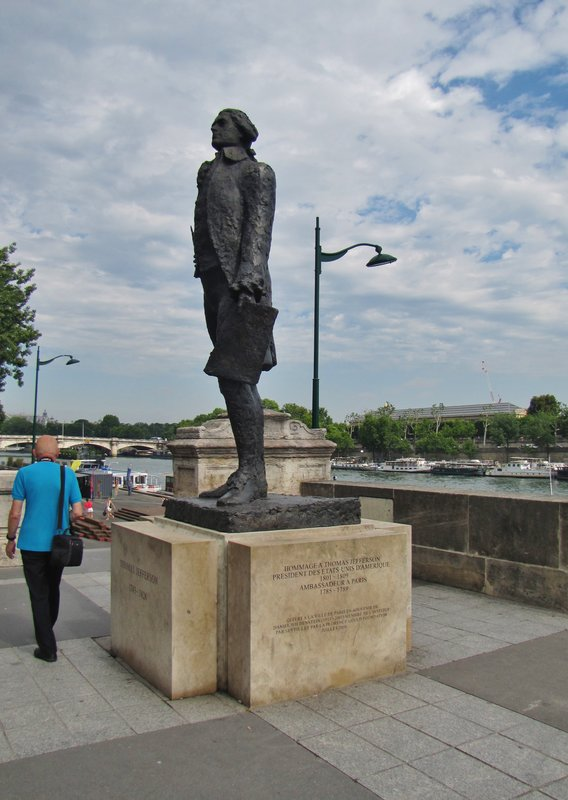 Statue of our very own Thomas Jefferson by the Seine