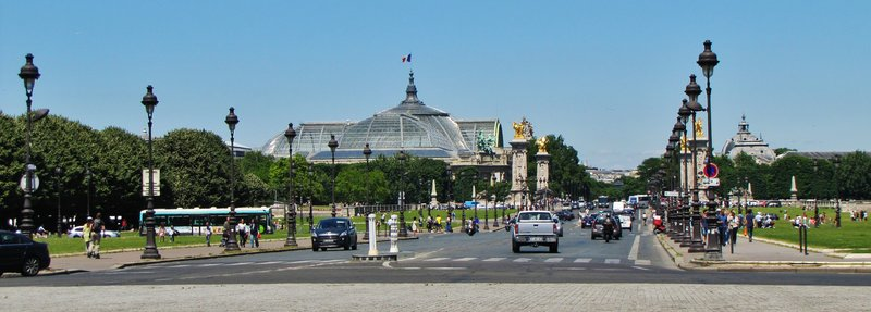 Pont Alexandre III with the Grand Palais in the background