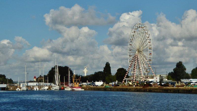 Carnival set up on the Honfleur Harbor