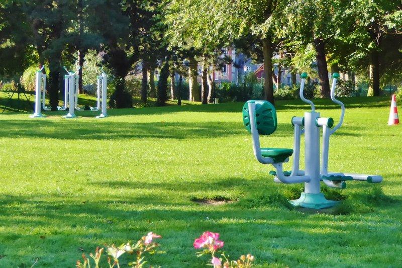 Quai-side Garden in Honfleur, Le Jardin des Personnalities