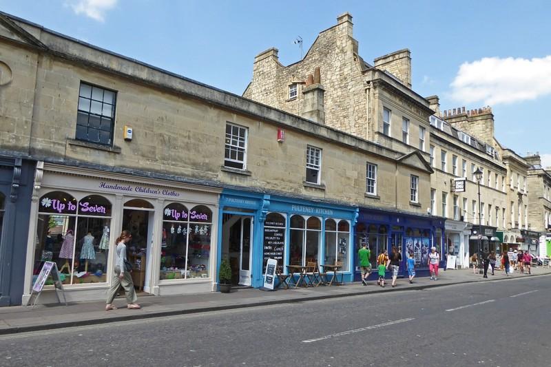 Shops on Pulteney Bridge