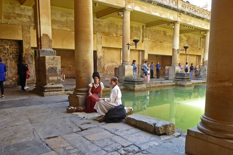 Two Roman ladies sitting by the Baths