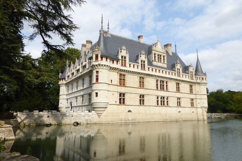 Château Azay-le-Rideau, one of my favorites