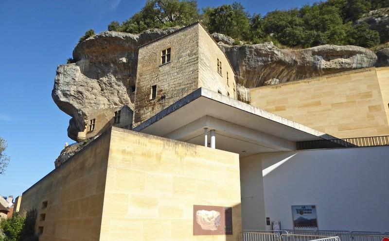 Terrace at the National Museum of Prehistory in Les-Eyzies-de-Tayac