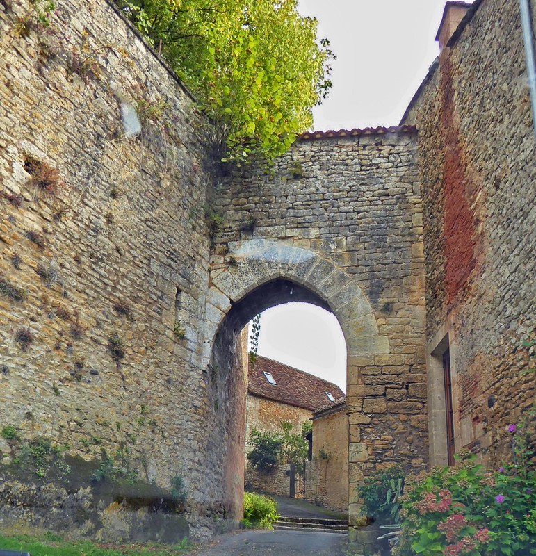 The Western Gate into Limeuil