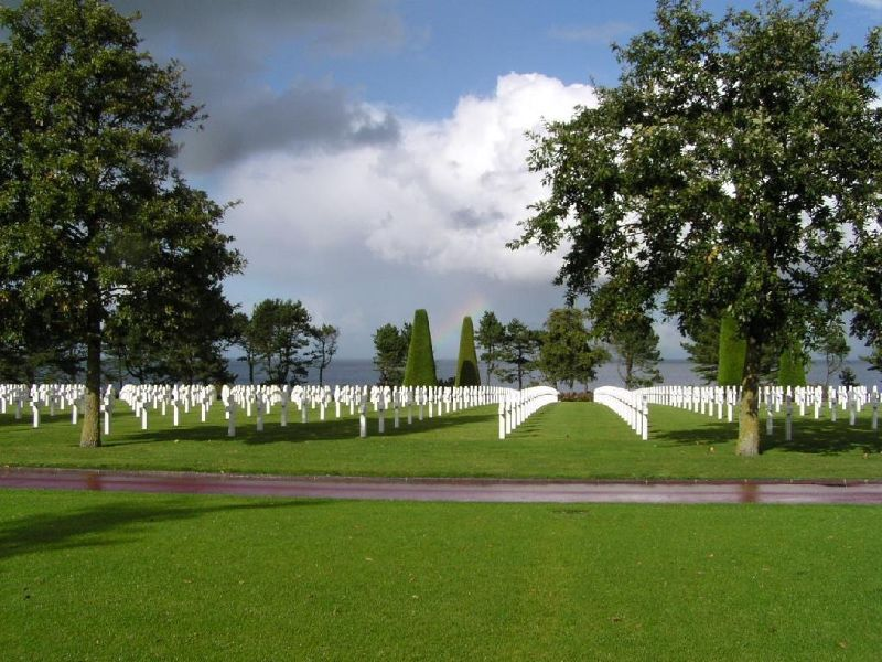 Rows of crosses at the American Cemetery - Colleville-sur-Mer