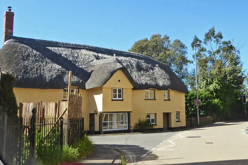 Thatched house in Broadclyst, Devon