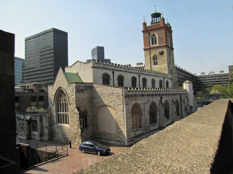 Saint Giles at Cripplegate by the Barbican Centre