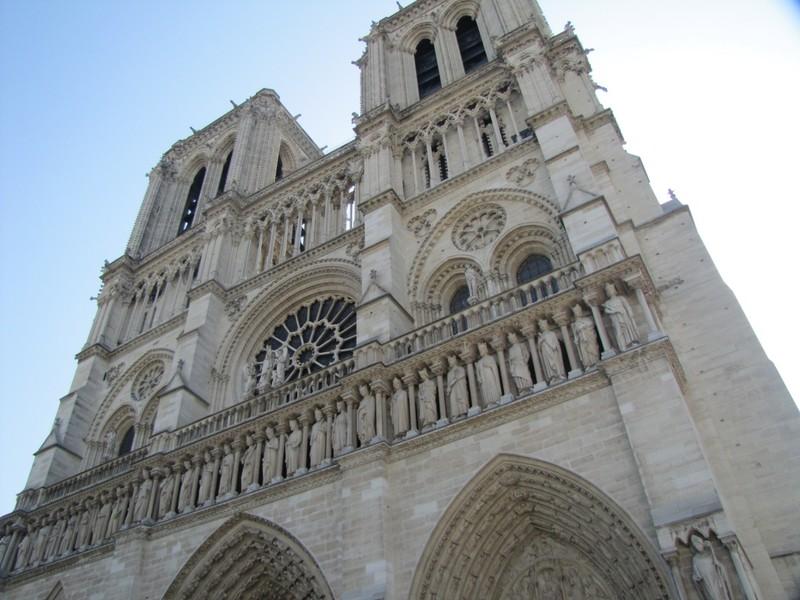 Notre Dame de Paris - Entrance