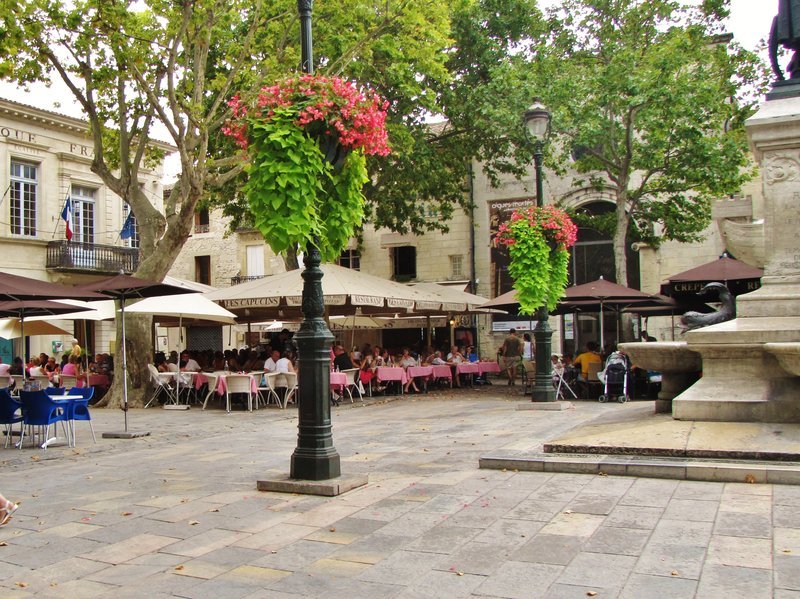 Place St. Louis in Aigues-Mortes