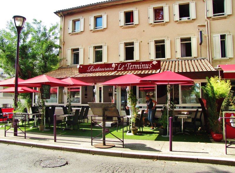 Le Terminus Restaurant in Tarascon