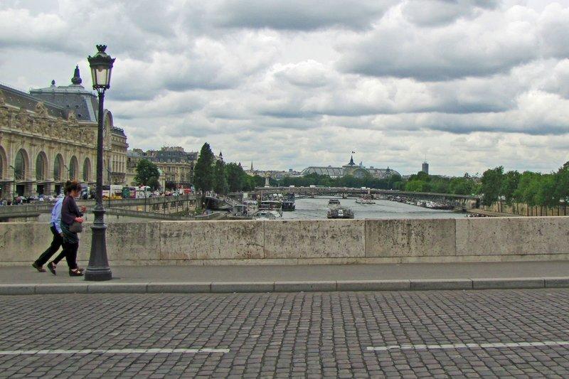 Paris crossing the Pont Royal