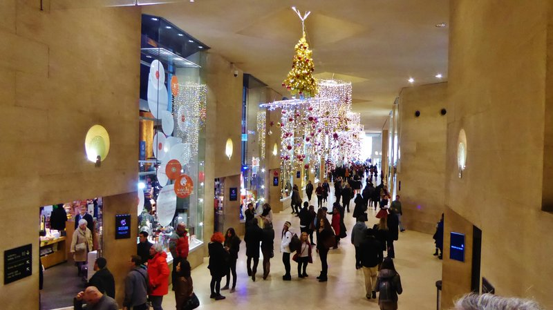 Carrousel du Louvre shopping center at Christmas