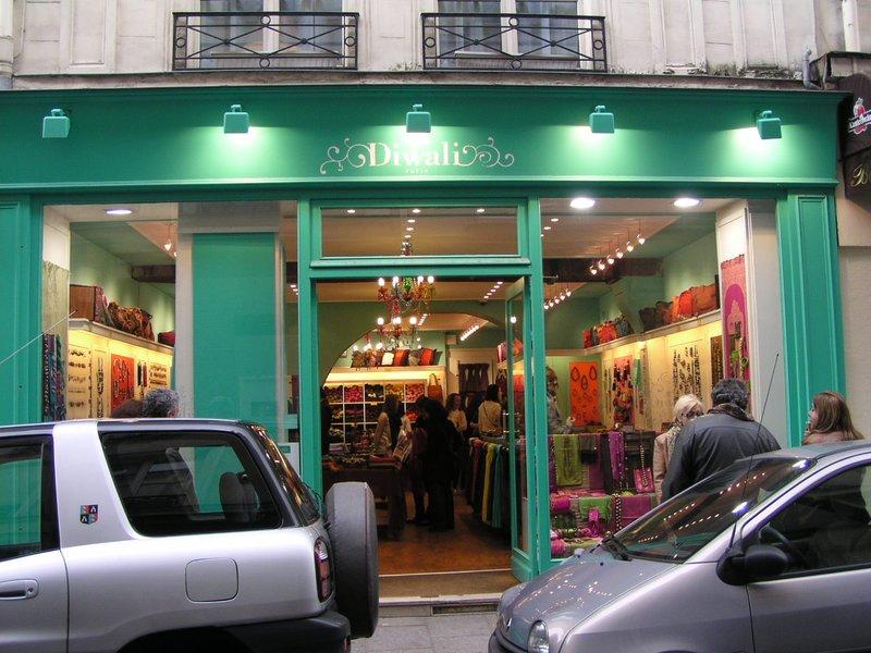 Diwali Scarf shop on L'Ile St. Louis in Paris