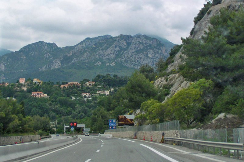 A8 driving from Italy to Nice, France