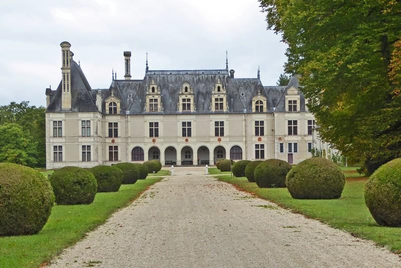 Château de Beauregard from the back