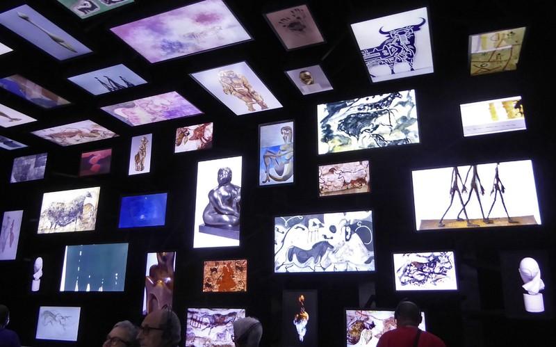 Art exhibit in the Lascaux Centre International de l'Art Pariétal also called Lascaux IV