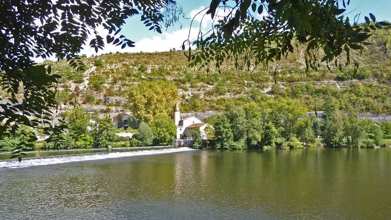 The Moulin de Coty across the river Lot